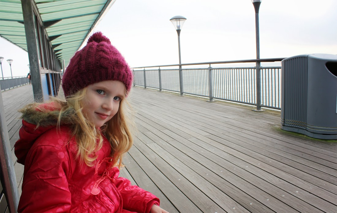 perfect day, mum-daughter time, todaymyway.com, at the seaside