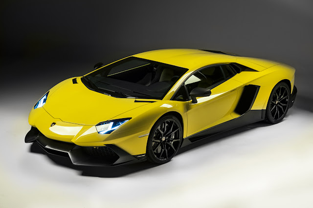 Lamborghini Aventador LP720-4 50 Anniversario Edition: Photos and Specs [Updated]