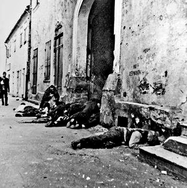 Po masakrze na koneckim rynku 12 września 1939 (Random House).