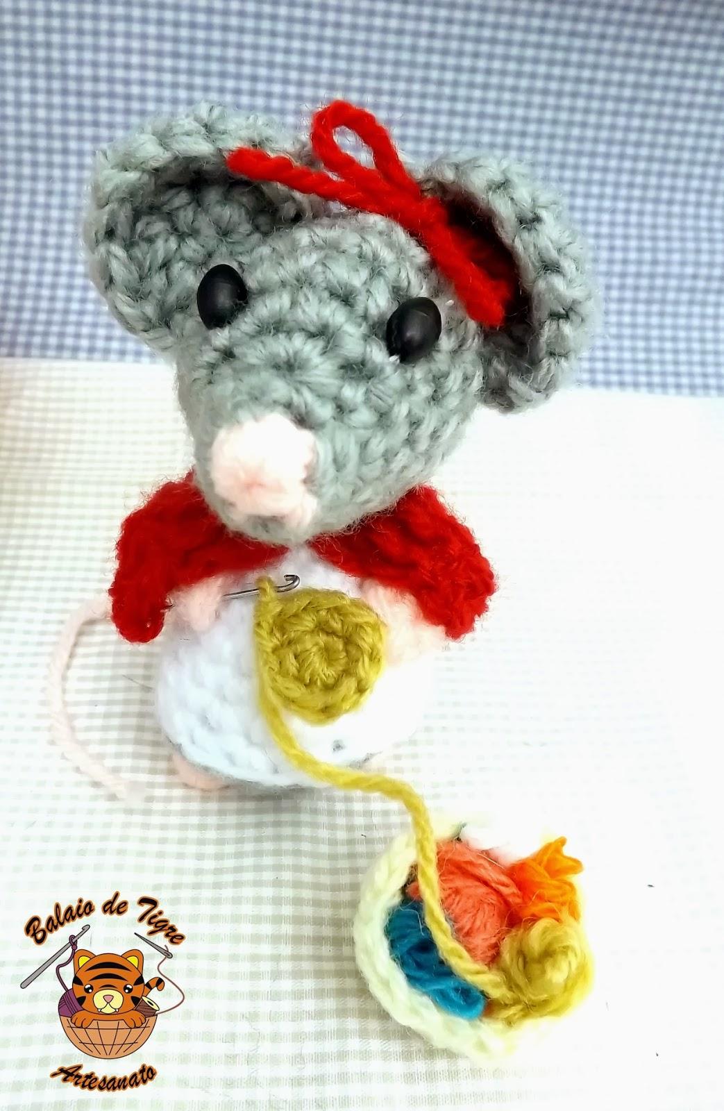 Amigurumi Mirabella, ratinha crocheteira da balaio de tigre