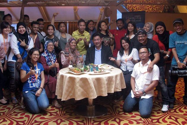 Malaysia, Berita, Gossip, Gosip, Hiburan, Selebriti, Artis Malaysia, Hwajing, Tawar, Pakej Cuti, Mesra Muslim Star Cruises
