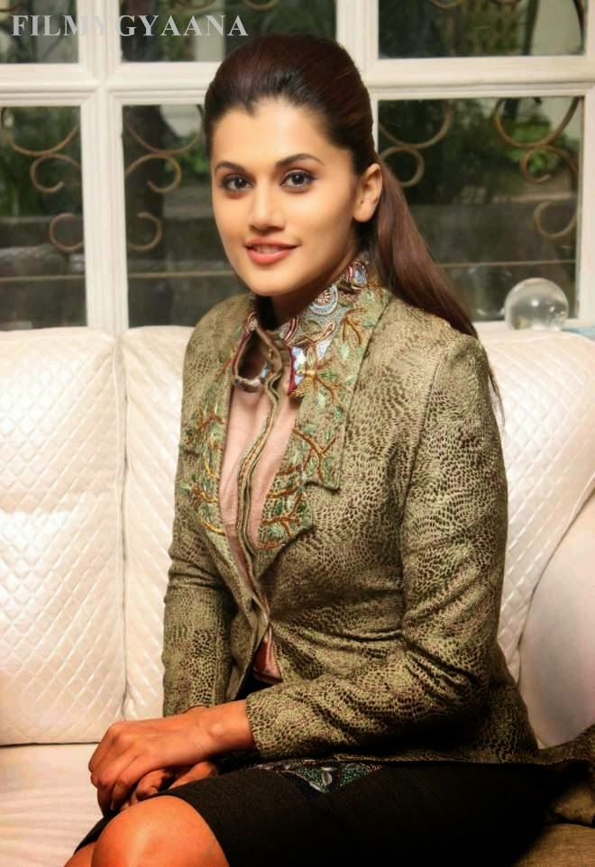 taapsee pannu cute images