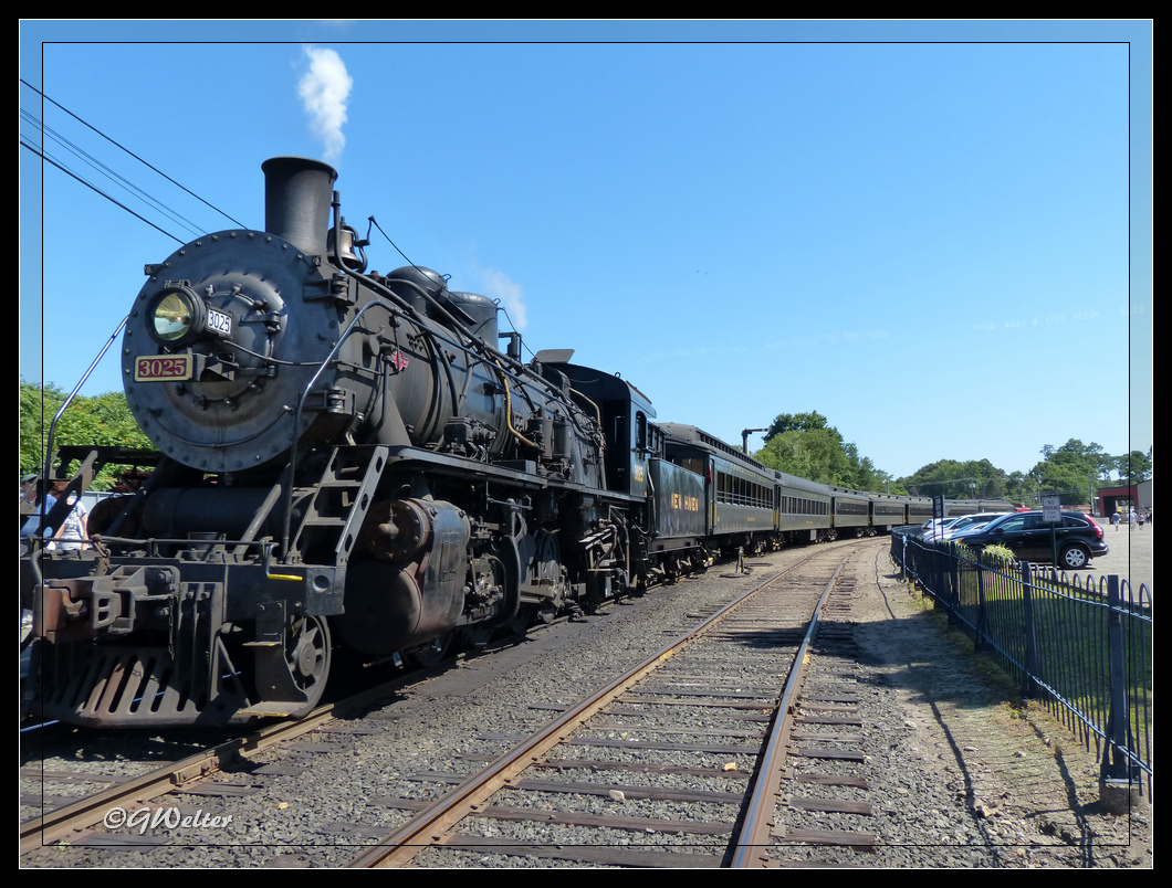 Essex steam train and riverboat images 9