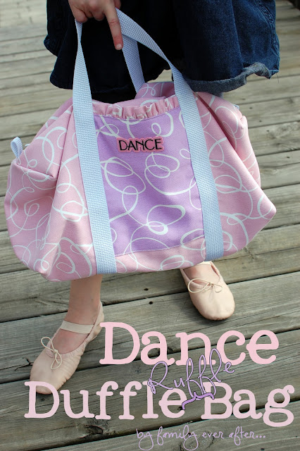 Ruffle Dance Bag Tutorial { lilluna.com }