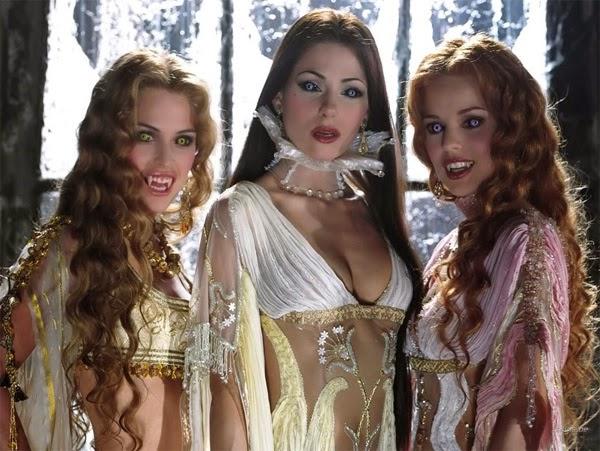 Las vampiras de Van Helsing (Helena Anaya, Silvia Colloca y Josie Maran)