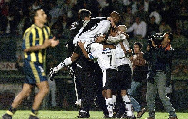 Corinthians contra Rosario Central pela Libertadores