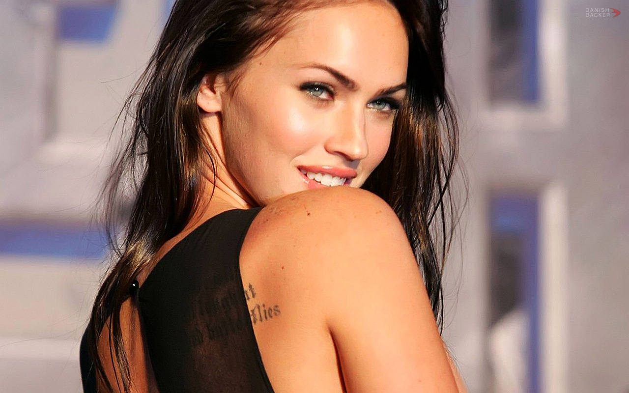 http://3.bp.blogspot.com/-FV0zitR_PBk/TszcsoeX5AI/AAAAAAAAADM/PSbt0jR29M0/s1600/megan_fox_wallpapers_015.jpg