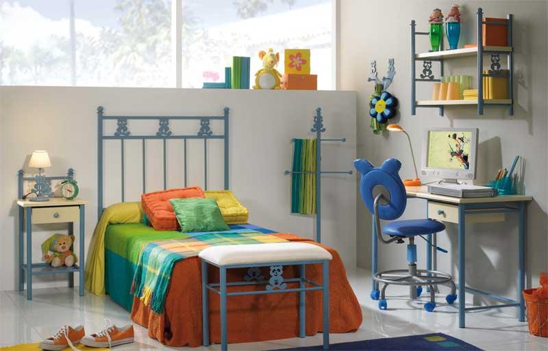 Muebles de forja dormitorios infantiles completos en forja for Dormitorios completos