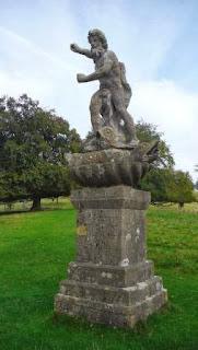 Neptune+Statue+Dyrham-Garden+statuary