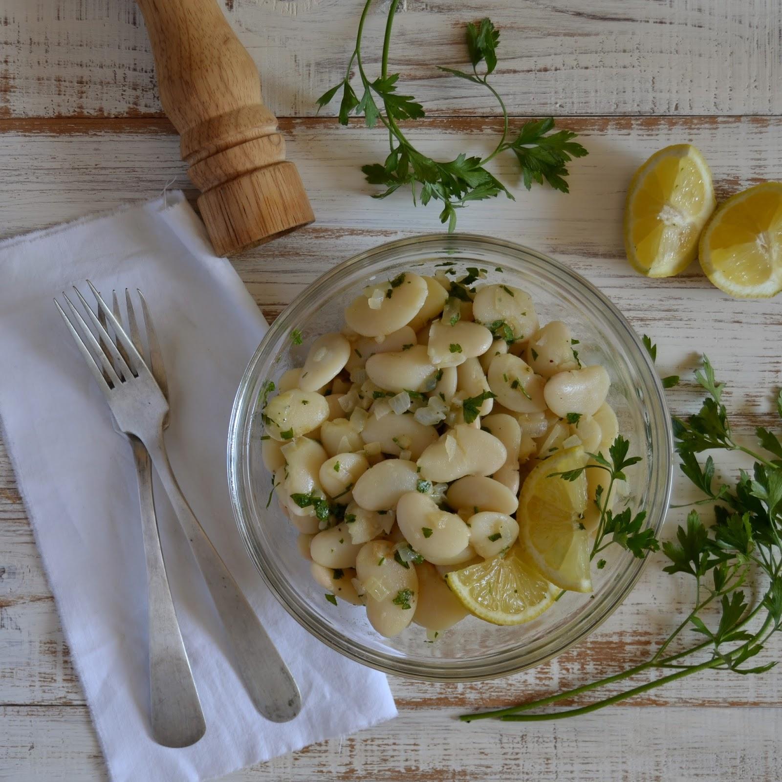 Contigo en la playa ensalada de jud as blancas fasoulia b zeit - Ensalada fria de judias blancas ...