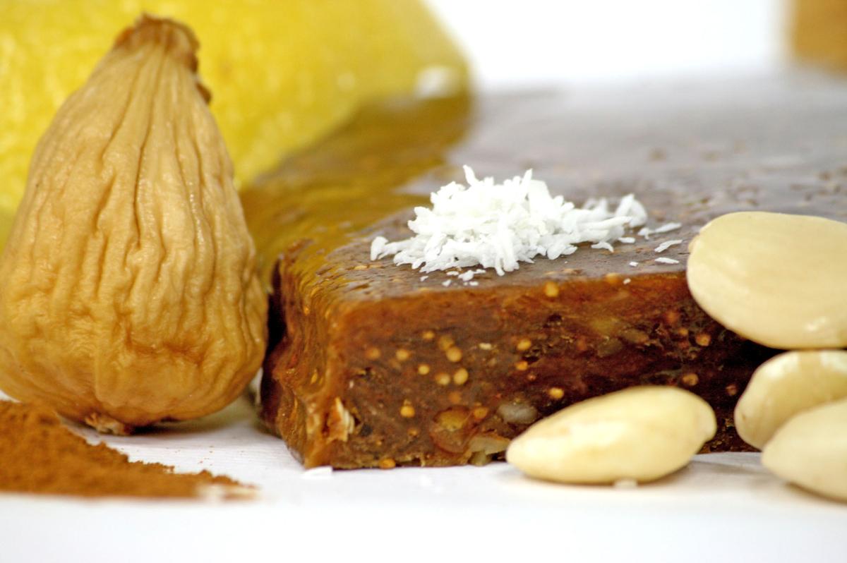 Your spanish recipes pan de higo fig bread pan de higo fig bread forumfinder Images