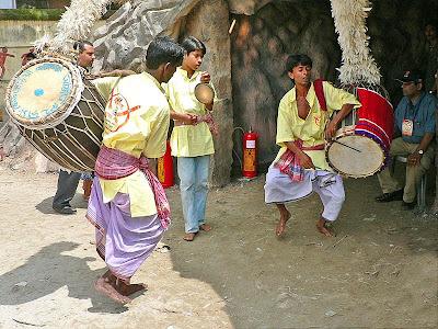 Dhaaki bengal durga puja dhak