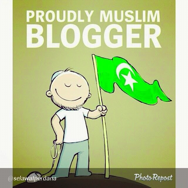 PROUDLY MUSLIM BLOGGER