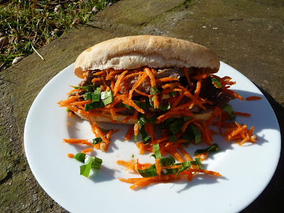 Cooking for Monkeys: Simple Vietnamese Steak Sandwich