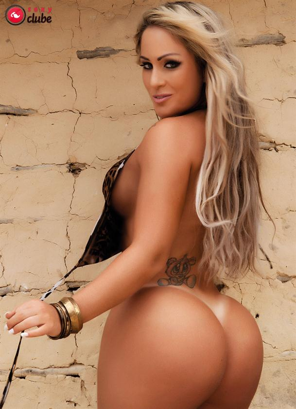 Fotos de Ísis Gomes nua e pelada na revista Sexy
