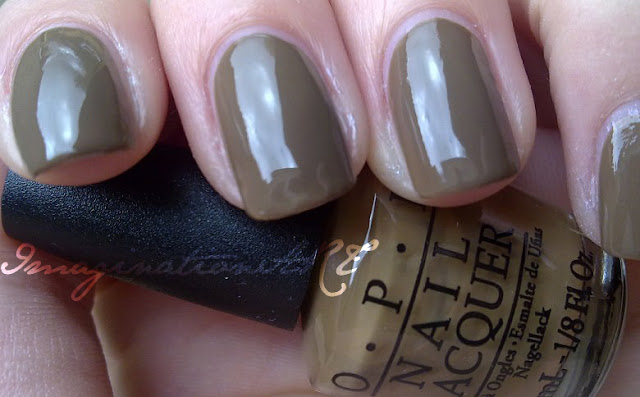 OPI_A-Taupe_the_Space_Needle_swatch_swatches_Touring_America_smalto_unghie_nail_polish_lacquer