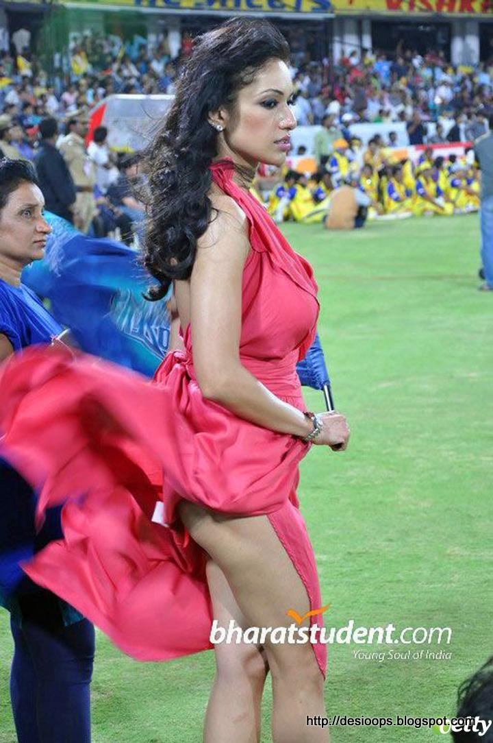 upskirt at ipl