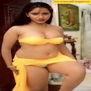 Reshma Mallu Bhabhi Hot Navel Yellow Bra Scenes