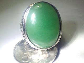 Batu Cincin Giok Burma