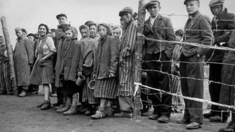Bergen-Belsen en el Día Internacional de las Víctimas del Holocausto