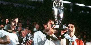 Piala_Eropa_1976_Cekoslowakia_Winner