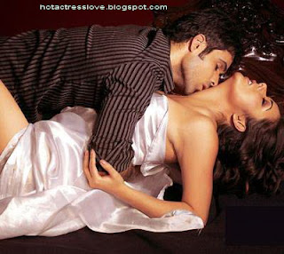 Udita Goswami Hot and Sexi Photo