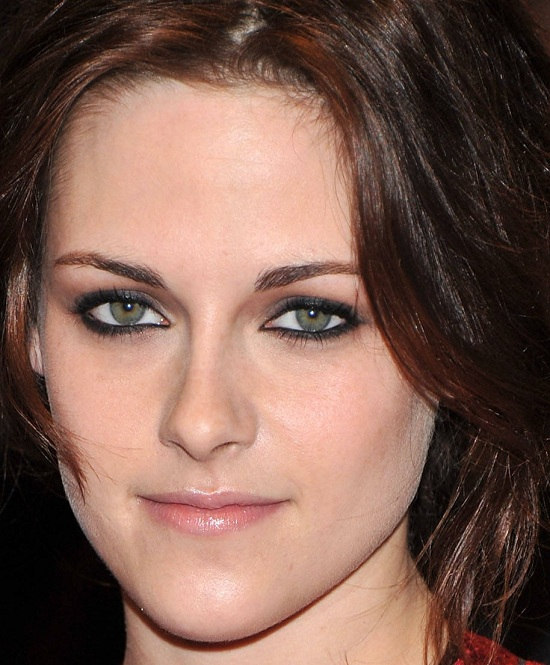 Kristen Stewart makeup looks