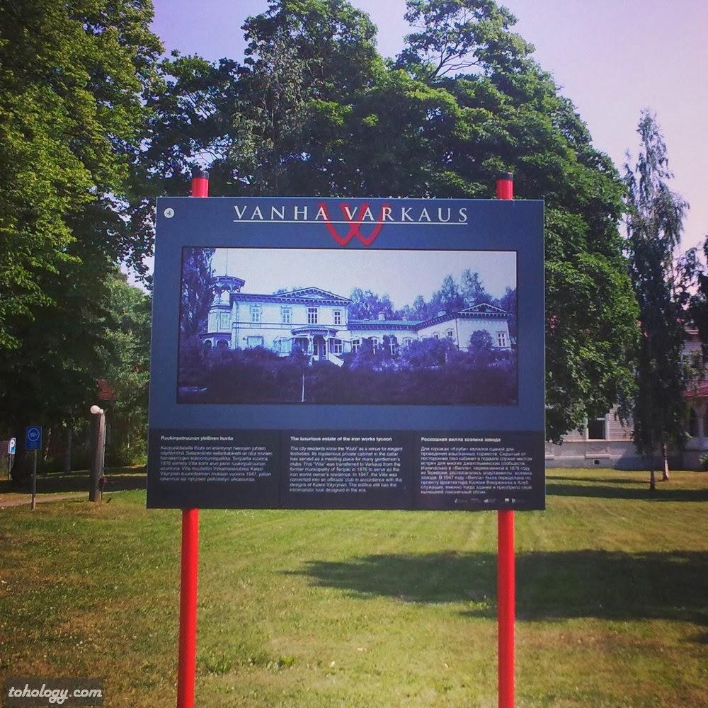 Wanha Warkaus / Vanha Varkaus signboard