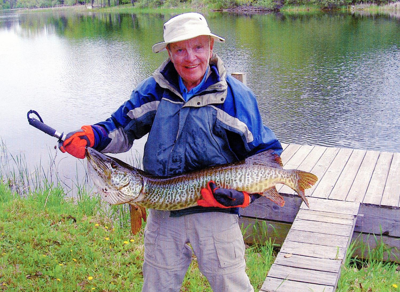 International fishing news igfa june 2013 world record news for Tiger muskie fishing
