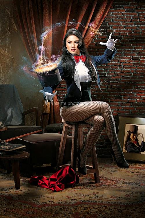 bianca king as zatana les femme fatales cosplay