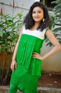 Vishnu Priya cute Pictures gallery 006.jpg