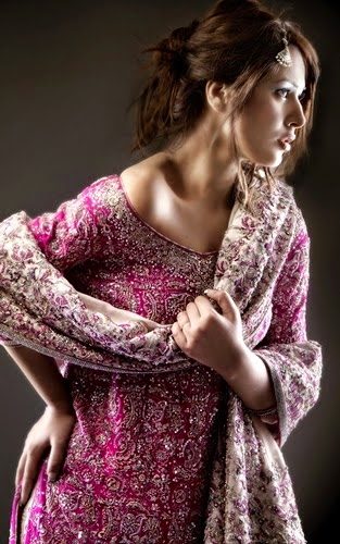 Latest Bridal Clothes to Wear on Wedding