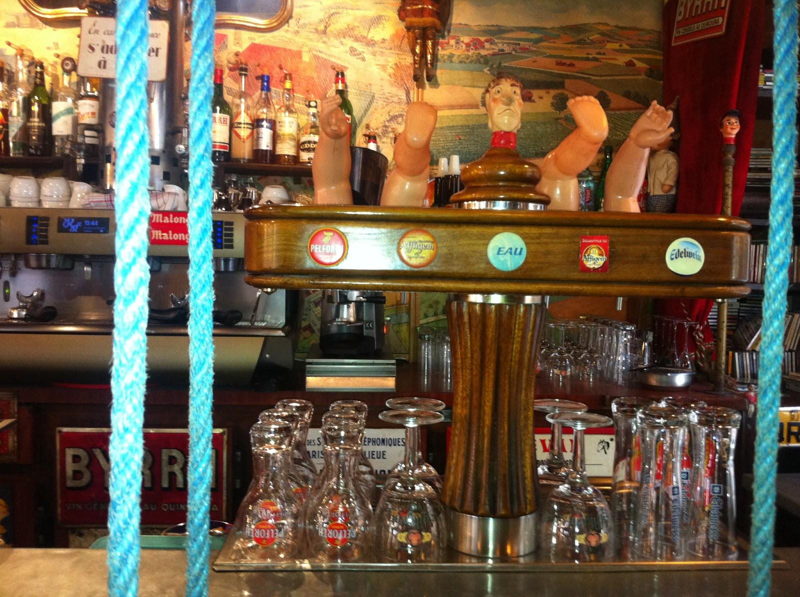Le Cafe Du Bout De La Rue St Malo