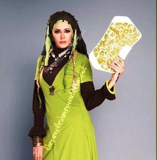 Hijab and Fashion Wallpaper