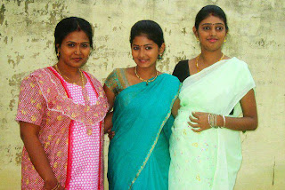 Rare picture of Inidhu Inidhu heroine wearing traditional saree.