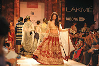 Jacqueline Fernandez walk on the ramp for Lakme Fashion Week Winter Festive 2014