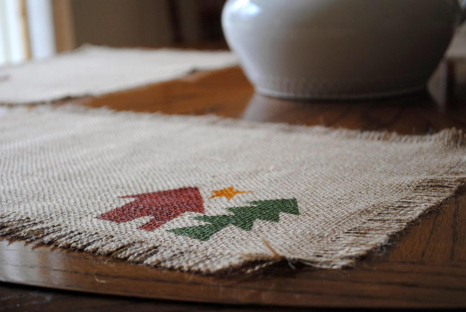https://www.etsy.com/listing/54873853/clearance-burlap-jute-place-mats-campin