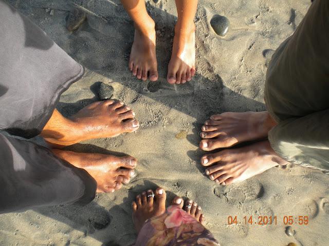 Feet Feet Feet!