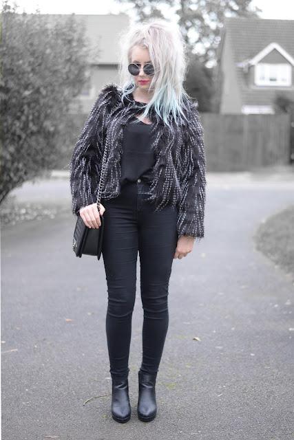 Sammi Jackson - Light in the Box Faux Fur Coat