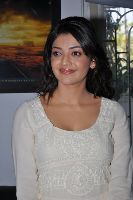 kajal agarwal at businessman pressmeet, kajal agarwal new latest photos