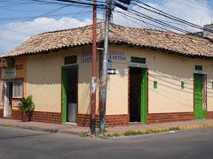 """La casa más parecida al """"BAR EL 70"""" que conocí en Ureña, de Don Napoleón y Doña Sarita:"""