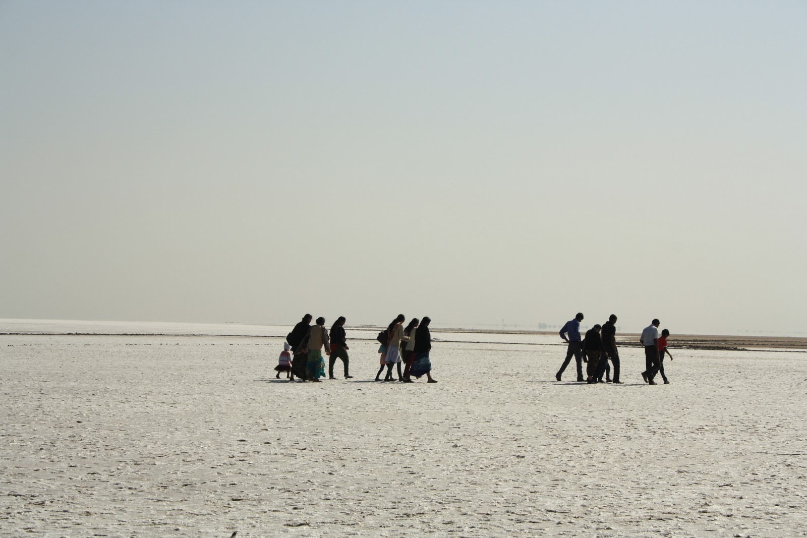 summary of love across the salt desert by daruwalla By the story by keki n daruwalla based around the great rann of kutch titled love across the salt desert of keki n daruwalla: a critical.