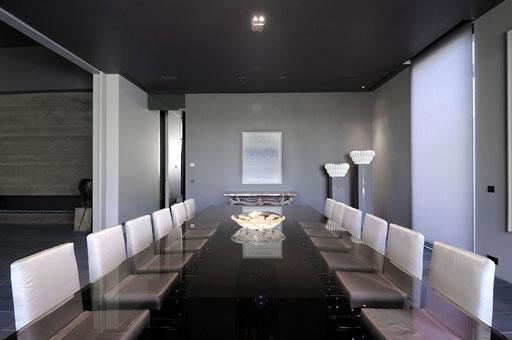 Comedores espectaculares de lujo comedores futuristas for Comedores grandes modernos