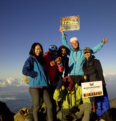 Rinjani Trekking 3 Days 2 Nights Summit via Sembalun