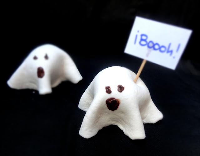 Ghost Cake Pops y Terrorífico Bloody Mary. Recetas para Halloween.