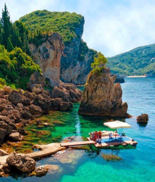 Grotta Cove em Corfu Grécia