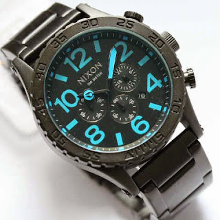 Nixon Monster hitam biru
