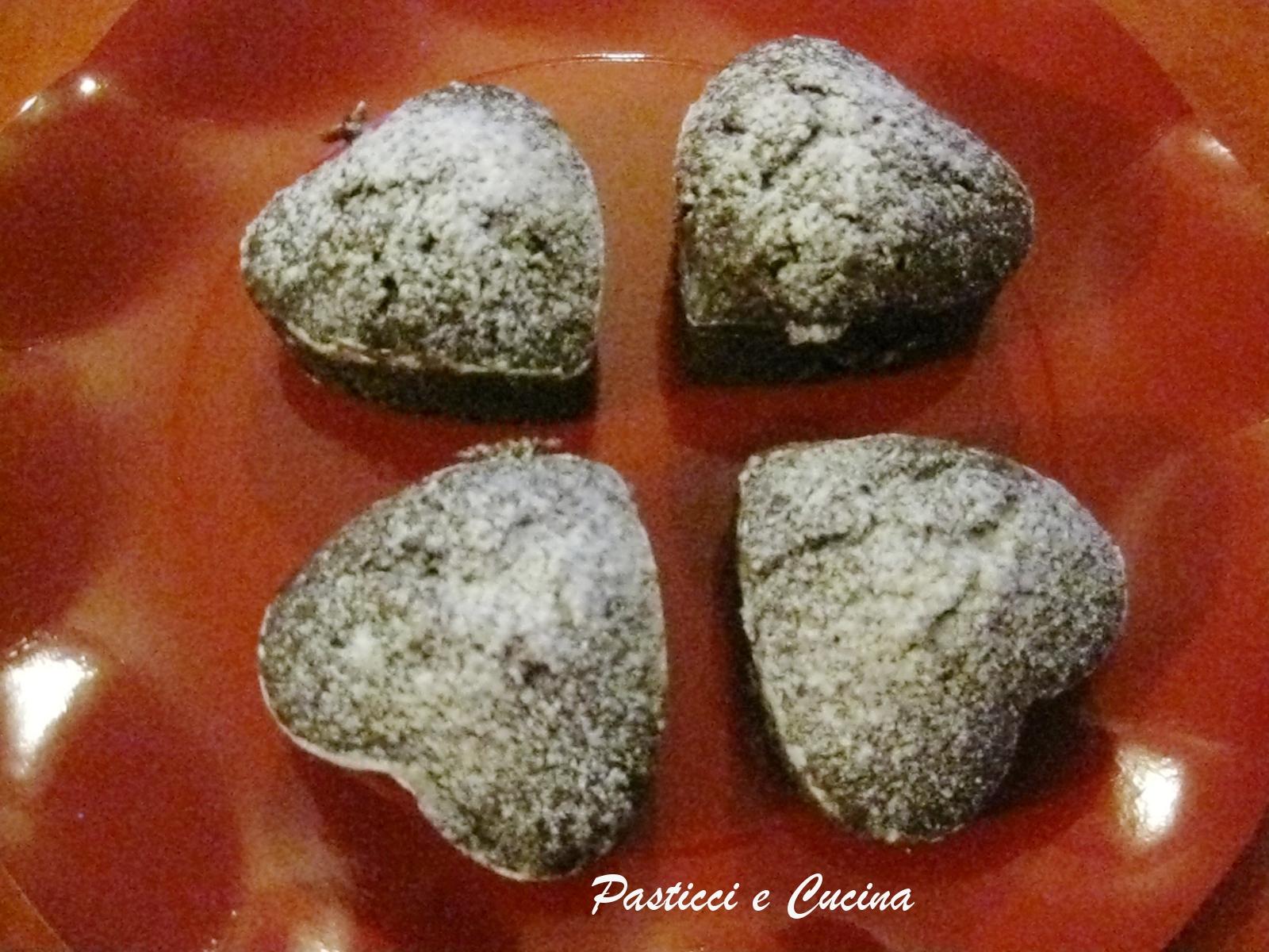 Pasticci e cucina muffin a cuore con cioccolato e cocco - Cucina e pasticci ...