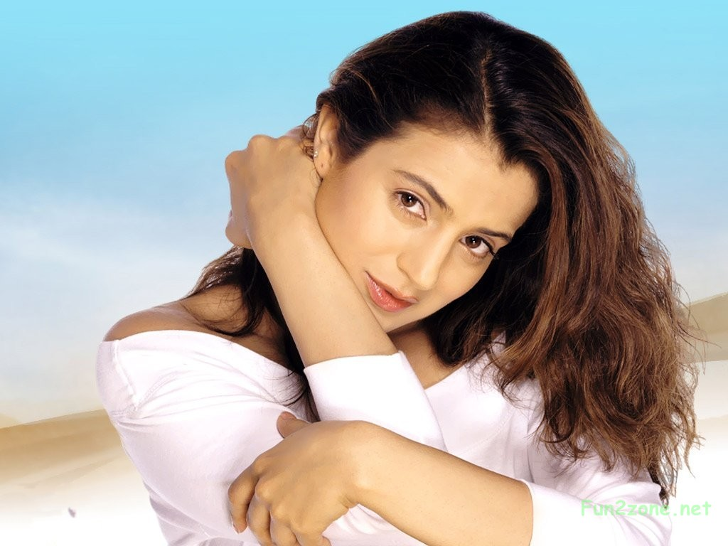 ameesha patel wallpapers - photo #1