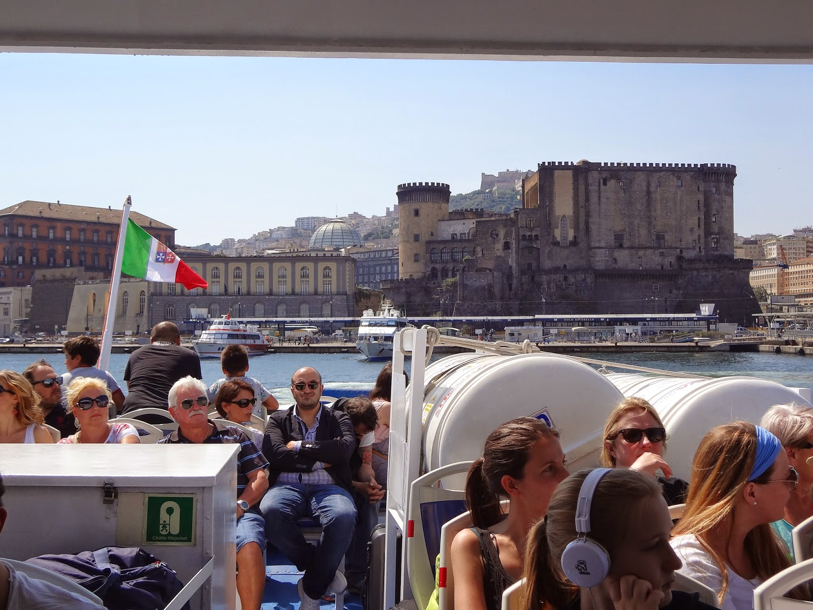Ferry from Naples to Ischia